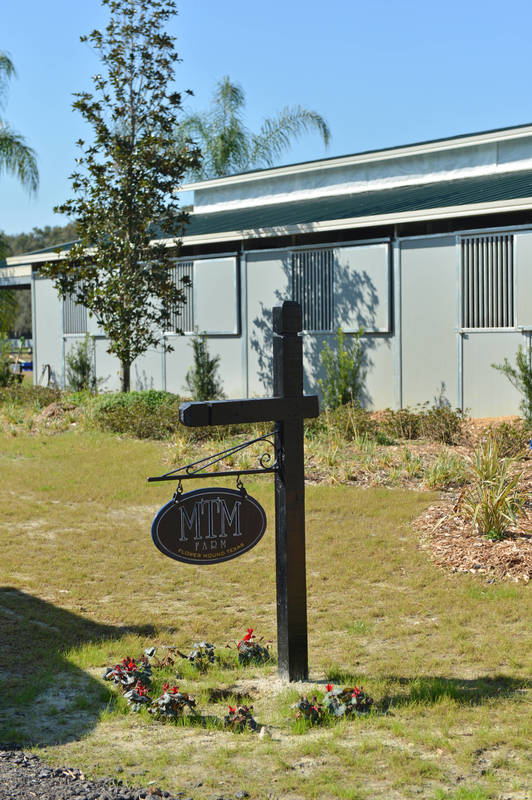 Now Leasing - Private Barns :: HITS